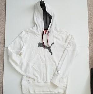 Brand New Puma sweatshirt size Medium